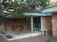 Farmhouse with fuly furnished bungalows